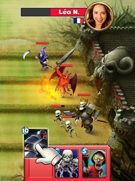 Castle Crush: Clash in a Free Strategy Card Games APK indir [v3.9.2]